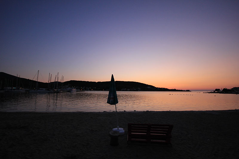 Olive Island Marina Croatia ljubitelj životinja